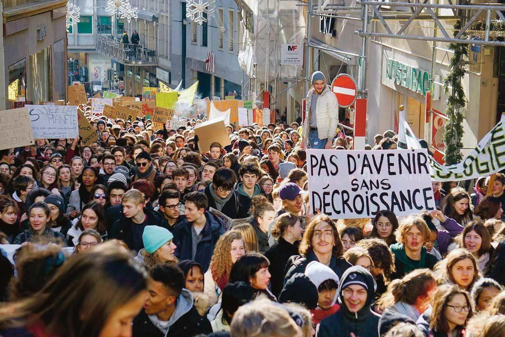 Manifestation pour le climat, Lausanne, mars 2019. Pas d'avenir sans décroissance.